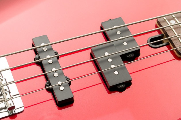 A obstruct in structure throughout the Triumph TRBX174 perch guitar.